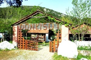 Don Kisot Pension Olympos
